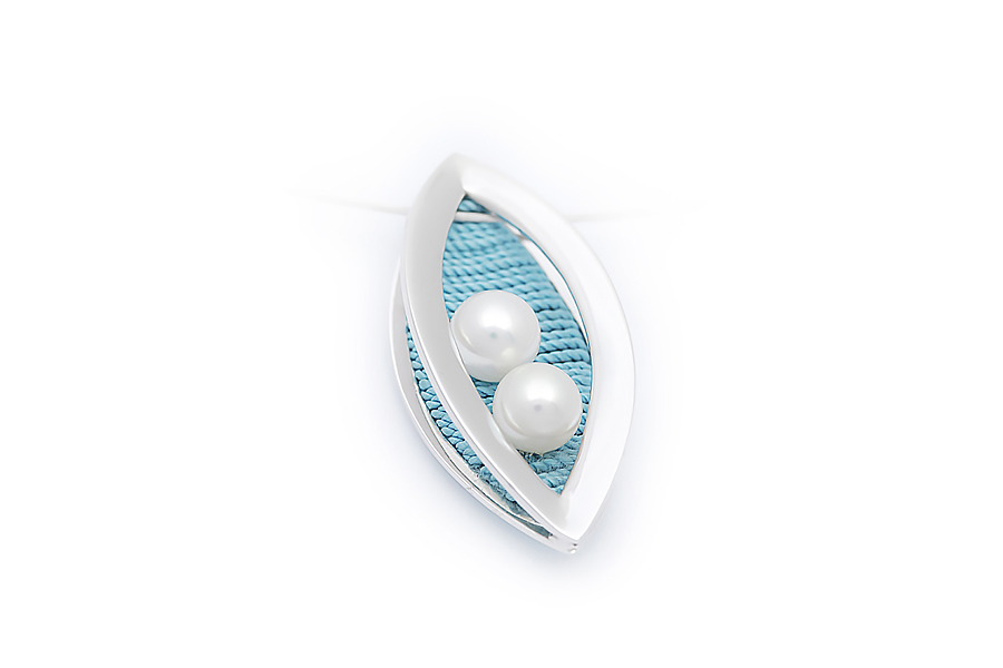 pendente oro bianco perle akoya seta colorata